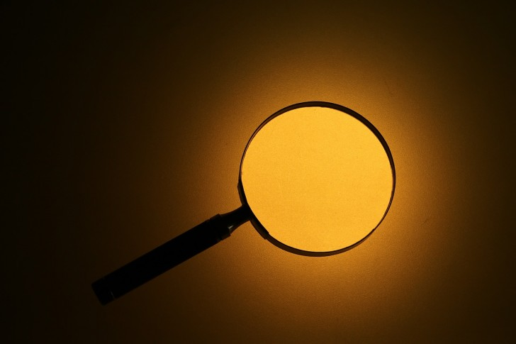 magnifying-glass-699777_1280